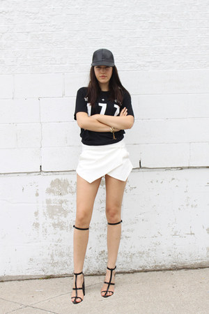 baseball leather hat - Zara shorts - a-line Alexander Wang sandals
