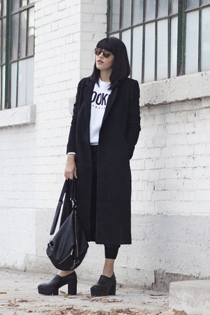 graphic Aritzia sweatshirt - tread tony bianco shoes - long Forever 21 coat