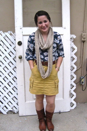 tawny brass plum boots - tan infinity Forever 21 scarf - gold cargo skirt