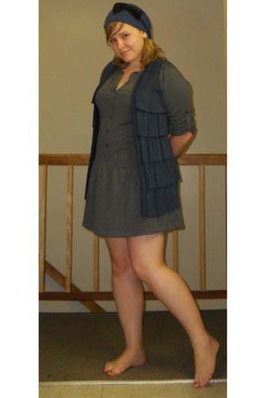 blue bow hat - charcoal gray dress - blue ruffle vest - silver heart earrings