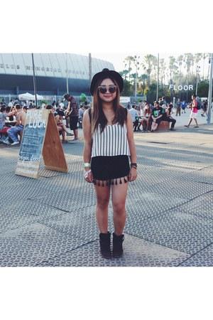 black black and white H&M hat - black cotton Forever 21 shorts
