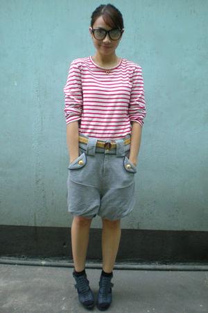 white la senza candy shirt - gray thrifted shorts - blue Parisian shoes - beige