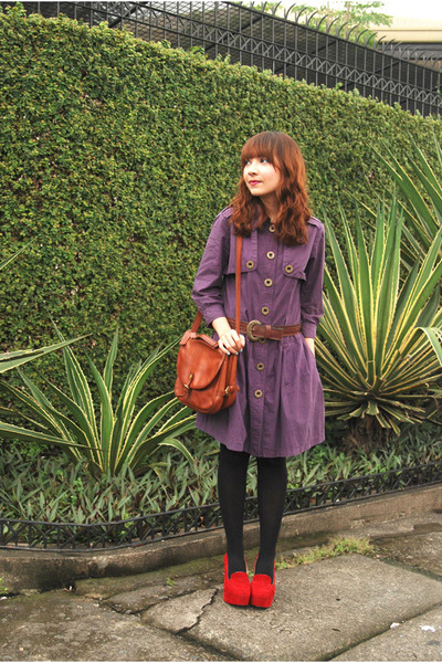 purple dress - brown bag - red wedges