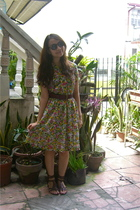 vintage floral dress - thrifted belt - thrifted gladiator shoes - F&H sunglasses