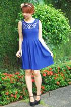 blue dress - black vintage purse - black heels
