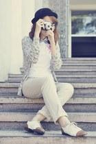 giordano cardigan - vintage shoes - white giordano shirt - beige giordano pants