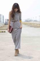 Custom-made dress - vintage purse - Parisian heels