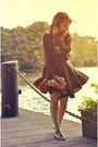 Black-romwe-dress-black-sweater-brown-purse-black-sandals-teal-necklace