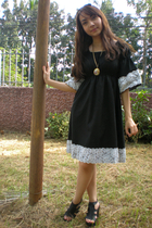 black Trunk Show dress - black Parisian shoes - black Simple Joys - gold vintage