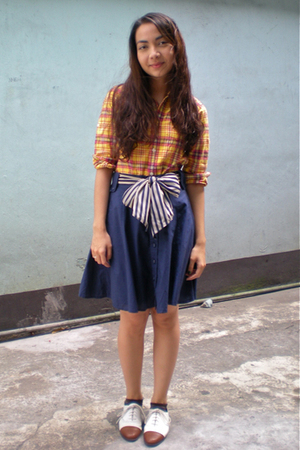 yellow Giordano kids shirt - blue thrifted skirt - white vintage shoes