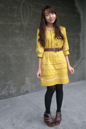 brown Parisian shoes - yellow mags dress - brown thrifted belt