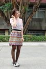 Pink-thrifted-blouse-thrifted-skirt-ilaya-shoes-black-sm-tights-white-vi