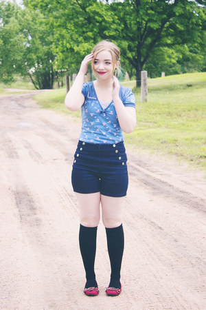 modcloth shorts - modcloth socks - modcloth top - modcloth hair accessory
