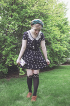 modcloth dress - modcloth tights - modcloth wallet - Claires necklace