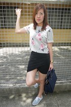 heather gray H&M top - charcoal gray Zara skirt - silver H&M sneakers