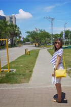 yellow Celine bag - blue Zara top