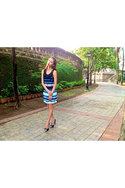 Charles and Keith shoes - Dorothy Perkins dress