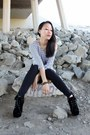 Black-boots-olive-green-anorak-jacket-black-garter-leggings-white-h-m-top