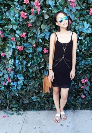 gold body chain DIY accessories - black Urban Outfitters dress