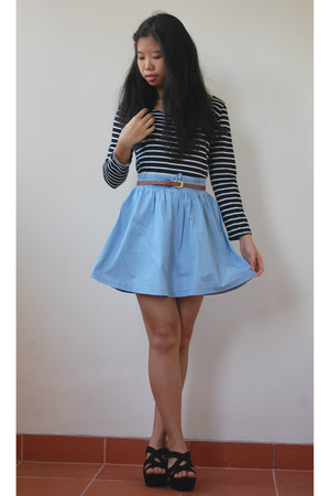 sky blue light denim cotton on skirt - bronze faux leather Primark belt