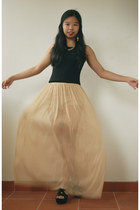 bronze chiffon maxi Boohoo skirt - black suede new look wedges - black thick top