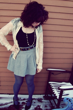 blue tights - silver H&amp;M skirt - blue belt - black top - beige cardigan
