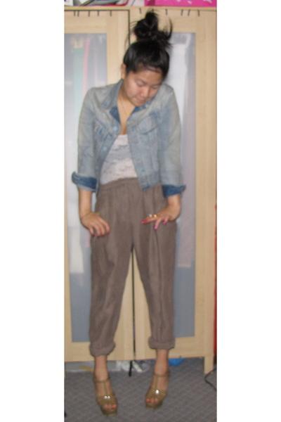 Blue Shirt Beige Pants Brown Shoes