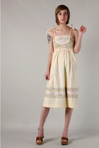 beige The Family Vintage dress
