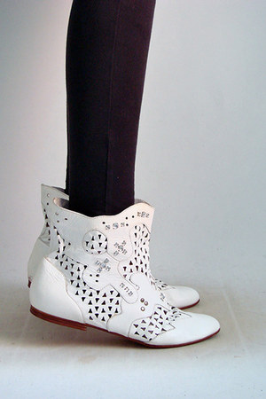 white The Family Vintage boots