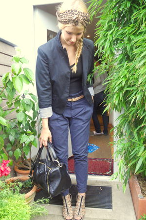 black H&M blazer - blue Zara pants - black H&M bag - brown H&M shoes - black vin