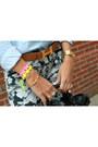 Hermes-belt-denim-urban-outfitters-shirt-balenciaga-bag-floral-zara-pants