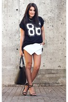 Udobuy shorts - AX Paris top