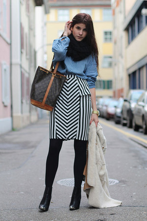 striped AX Paris skirt - black toe cap H&M boots - camel cozy jacket