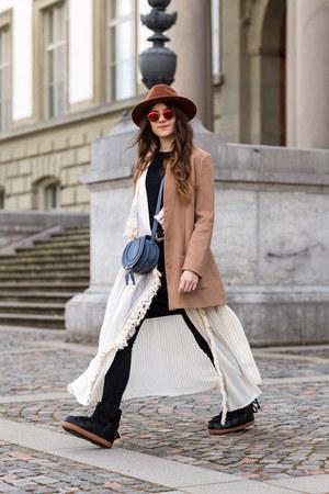 black IKKII boots - black Selected dress - camel Dorothy Perkins coat