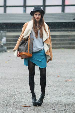 turquoise blue skirt - black lita Jeffrey Campbell boots - camel jacket