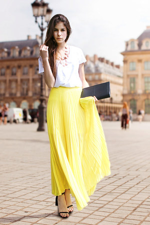 yellow skirt - black H&amp;M bag - bubble gum H&amp;M necklace