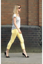 black Ray Ban sunglasses - black Zara heels - light yellow MIH Jeans pants - hea