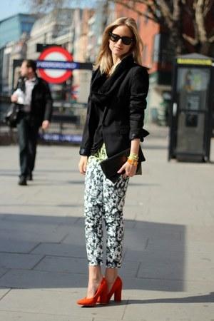 red Nellycom heels - black Zara blazer - black Topshop scarf