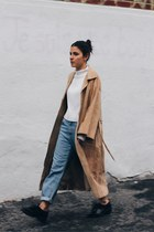 light brown Persephone vintage coat - sky blue Zara jeans - white Zara sweater