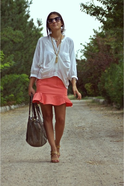 salmon frilly Koton skirt - ivory H&M shirt - gray Topshop bag