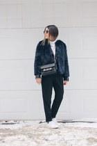 black leather Mango jacket - navy faux fur Zara coat