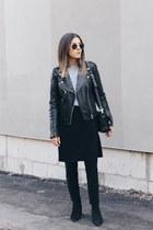 black apron Front Row Shop pants - black jensen acne boots