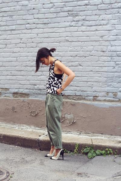 14098d23dc black H&M top - dark khaki Stylenanda pants - white black captoe Zara pumps