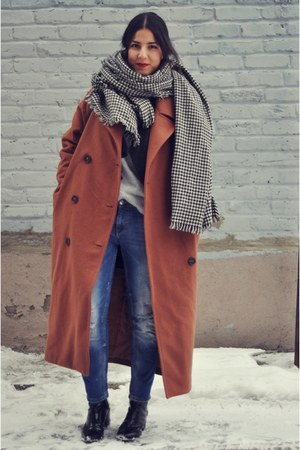 black Zara boots - tawny Stylenanda coat - blue Zara jeans