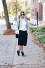 Light-blue-vintage-denim-levis-jacket-white-zara-sweater