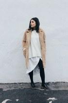 nude teddy Front Row Shop coat - white Zara sweater - ivory Nasty Gal skirt