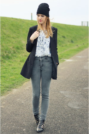 heather gray thrifted jeans - black studs studded Zara boots - black H&M blazer