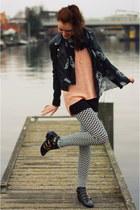 salmon H&M sweater - Zara boots - print pieces leggings - skulls H&M scarf