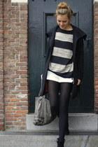 Mango sweater - Primark boots - Mango shorts