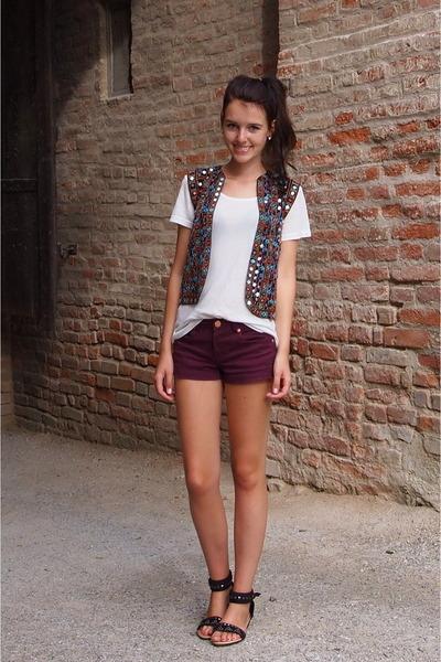 Zara vest - burgundy Primark shorts - denim H&M top - thrifted sandals